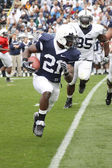 Penn State running back #21 Stephon Green runs with the football — Fotografia Stock