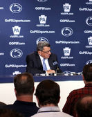 Penn State coach Joe Paterno — Stock Photo