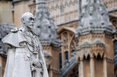 Statue of King George V — Stock Photo
