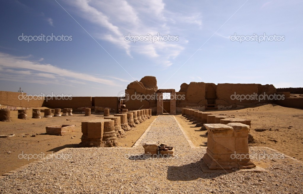 Alexander temple near Dachla oasis — Stock Photo #9158339