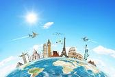 O conceito de avião de nuvens mundial de viagens — Foto Stock