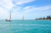Sochi sea coast with sailing yachts in summer — Stock Photo