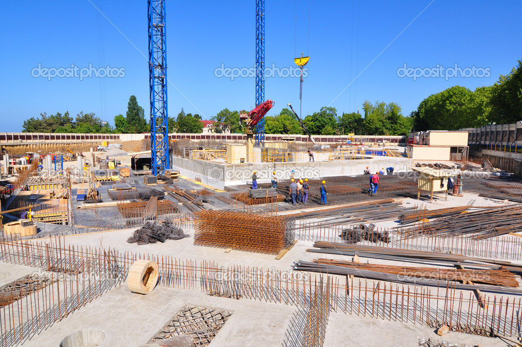 Construction of International Olympic University in Sochi city center in August 11, 2011 Sochi, Russia for the Winter Olympic Games 2014 — Stock Photo #9615271
