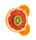 Изолированные киви и грейпфрутом — Стоковое фото