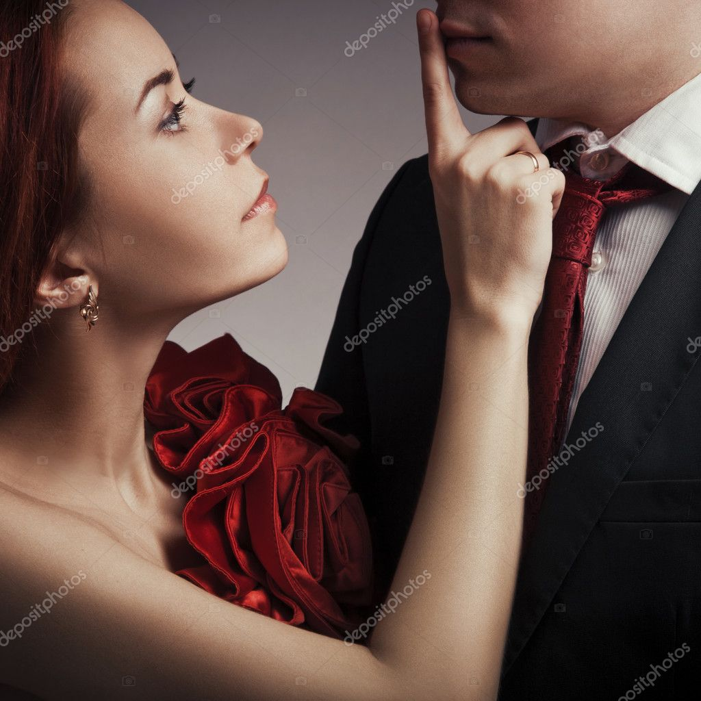 Portrait of young elegant couples in the tender passion — Stock Photo #9193242