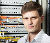 The engineer in a data processing center of ISP Internet Service Provider s — Stock Photo