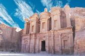 Facciata del monastero a petra, giordania — Foto Stock