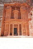 アル khazneh - ペトラの古代都市、ヨルダンの宝庫 — ストック写真