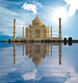 Taj Mahal in India — Stock Photo