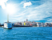 Beyoglu district historic architecture and Galata tower medieval landmark i — Stock Photo