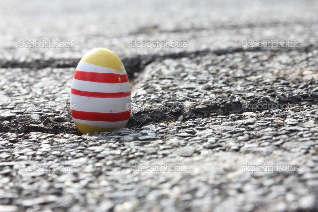 Unusual easter egg — Stock Photo #10311901