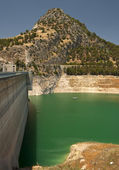 Iznajar 貯水池ダム壁 — ストック写真