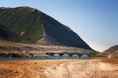 Vieux pont de bois en mongolie — Photo