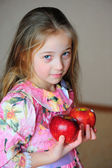 The girl with apples — Stock Photo