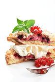 Berry fruit cake with cream — Stock Photo