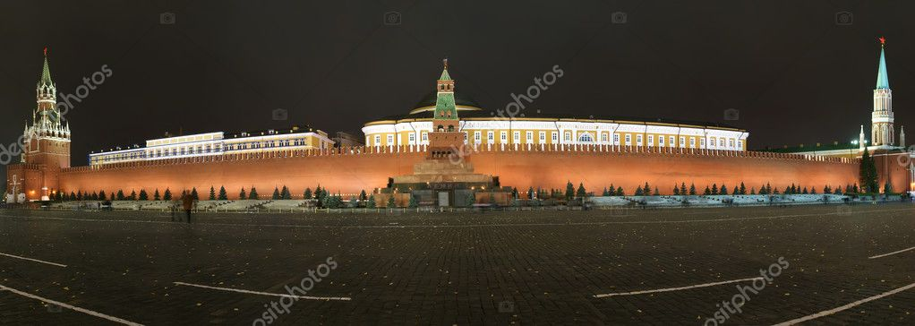 Panorama of the night Red square. Moscow, Russia — Stock Photo #10167315