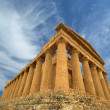 Ancient Greek temple of Concordia, Agrigento, Sicily — Stock Photo