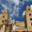 The Cathedral-Basilica of Cefalu, Sicily, southern Italy — Stock Photo