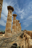 Remains of an ancient Greek temple of Heracles, Agrigento, Sicily — Stock Photo