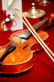 Violin on the table — Stock Photo