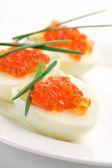 Aperitivos com caviar — Fotografia Stock