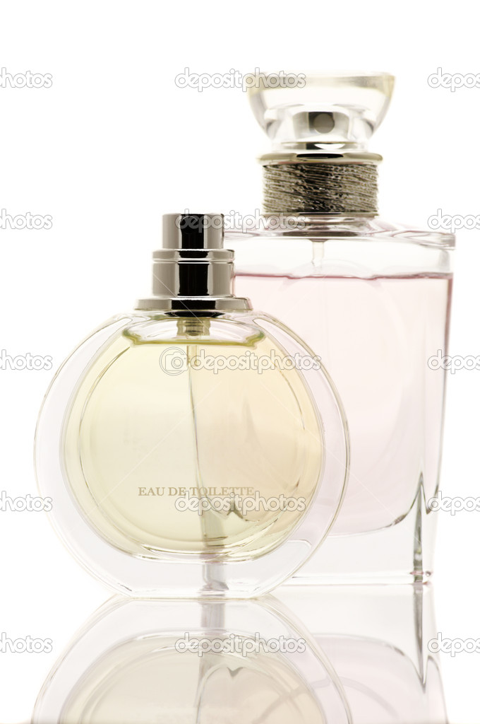 Two various female perfumes isolated on white background. — Stock Photo #9137778