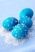 Niebieskie jajka wielkanocne — Zdjęcie stockowe