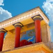 Knossos palace at Crete, Greece Knossos Palace, is the largest Bronze Age archaeological site on Crete and the ceremonial and political centre of the Minoan civilization and culture — Stock Photo