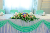 Flowers on wedding table — Stock Photo