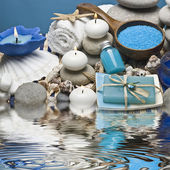 Blue spa and zen balance. — Stock Photo