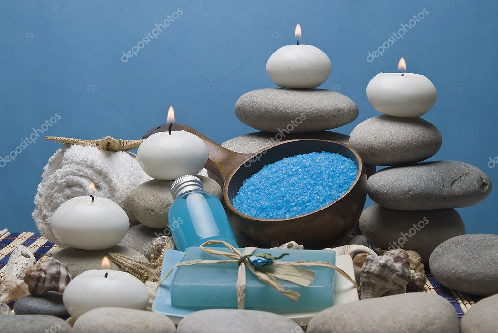 Spa background with blue hygiene items and toiletries. — Stock Photo #8741021