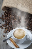Espresso and cinnamon. — Foto Stock