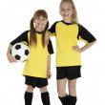 Постер, плакат: Little Soccer Sisters