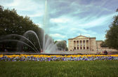 Fountain and opera house in Poznan — Stock Photo