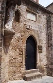 Gateway to medieval house in Rhodes — Stok fotoğraf