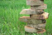 деревянные piramide баланс — Стоковое фото