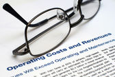 Operating costs and revenues — Stock Photo