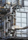 промышленное здание, стальные трубы — Стоковое фото