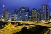 Hong kong, no centro da cidade com trânsito à noite — Foto Stock