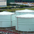 Large metal oil storage tank - Stock fotografie