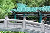 китайский традиционный сад с моста — Стоковое фото