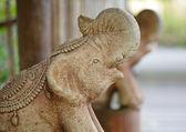 Sten elefant staty — Stockfoto