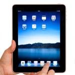 IPad tablet computer user hands — Stock Photo