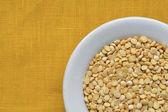 Peas in bowl — Stock Photo