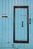 Blaue tür — Stockfoto