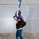 miejski młody para tancerzy hip-hopowy taniec miejski scena — Zdjęcie stockowe