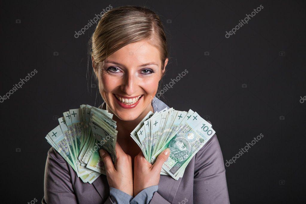 банк поднимает проценты по кредитам