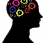 engranajes en movimiento en el cerebro — Vector de stock