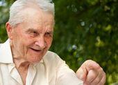 Gamle mannen leende — Stockfoto