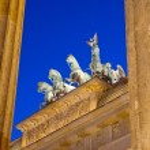 Different view of Berlins Brandenburger Tor — Stock Photo
